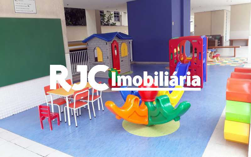 17   Parquinho Infantil - Cobertura 3 quartos à venda Praça da Bandeira, Rio de Janeiro - R$ 920.000 - MBCO30340 - 20