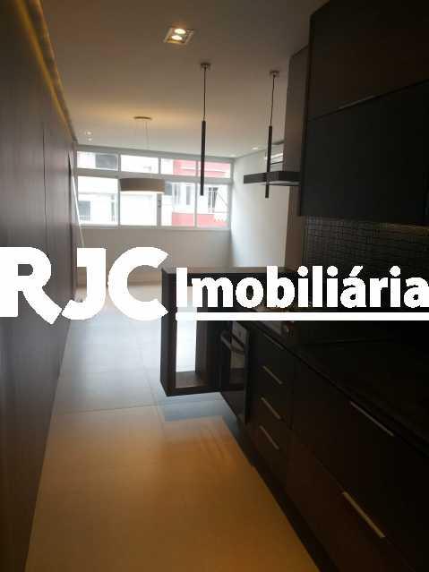 05 - Apartamento 3 quartos à venda Copacabana, Rio de Janeiro - R$ 1.190.000 - MBAP32919 - 6