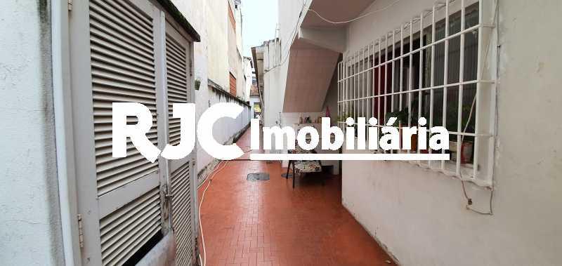 20200228_111140 - Casa 4 quartos à venda Maracanã, Rio de Janeiro - R$ 700.000 - MBCA40167 - 19