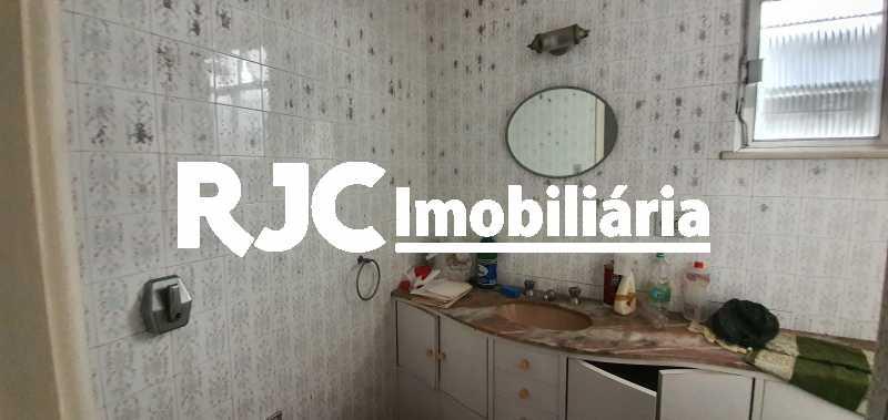 20200228_111445 - Casa 4 quartos à venda Maracanã, Rio de Janeiro - R$ 700.000 - MBCA40167 - 14