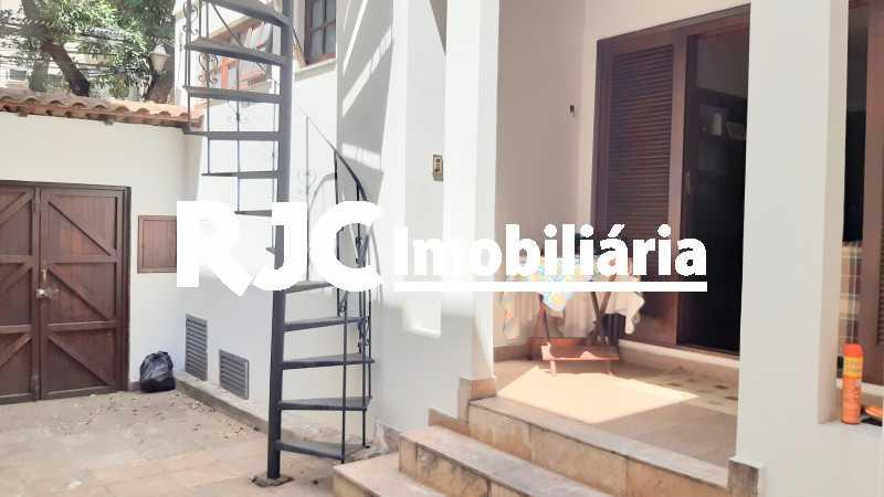 20200313_105943~2 - Casa 3 quartos à venda Tijuca, Rio de Janeiro - R$ 1.500.000 - MBCA30194 - 7