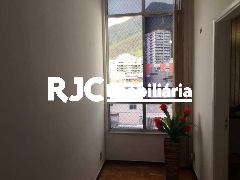 3. - Cobertura 2 quartos à venda Tijuca, Rio de Janeiro - R$ 450.000 - MBCO20166 - 4
