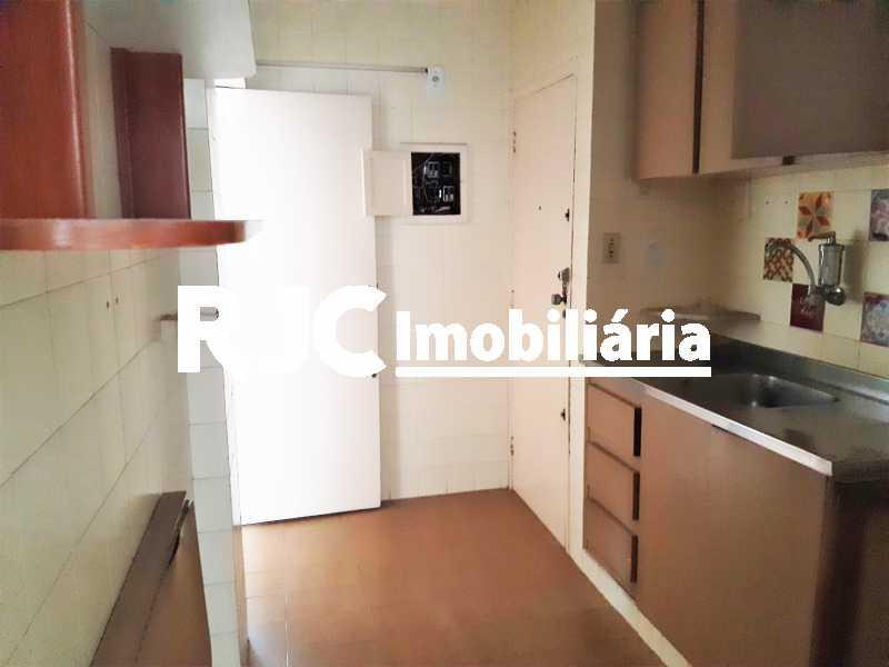 FOTO 10 - Apartamento 2 quartos à venda Copacabana, Rio de Janeiro - R$ 590.000 - MBAP24910 - 11