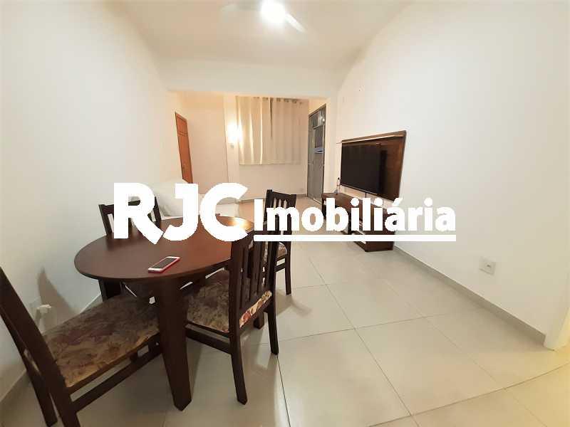 FOTO 2 - Apartamento 2 quartos à venda Copacabana, Rio de Janeiro - R$ 610.000 - MBAP24914 - 3