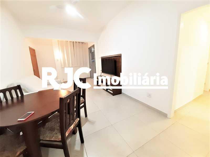 FOTO 3 - Apartamento 2 quartos à venda Copacabana, Rio de Janeiro - R$ 610.000 - MBAP24914 - 4