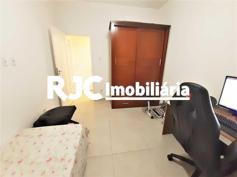 FOTO 12 - Apartamento 2 quartos à venda Copacabana, Rio de Janeiro - R$ 610.000 - MBAP24914 - 13