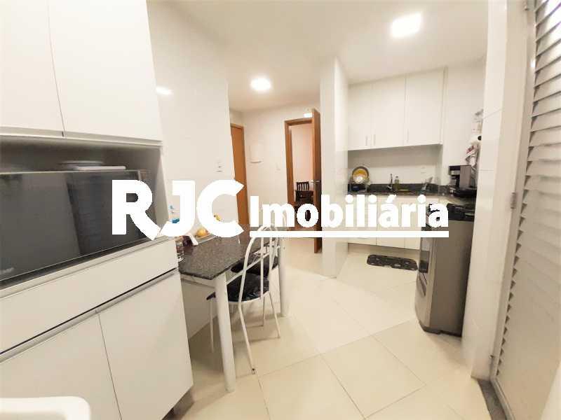 FOTO 14 - Apartamento 2 quartos à venda Copacabana, Rio de Janeiro - R$ 610.000 - MBAP24914 - 15