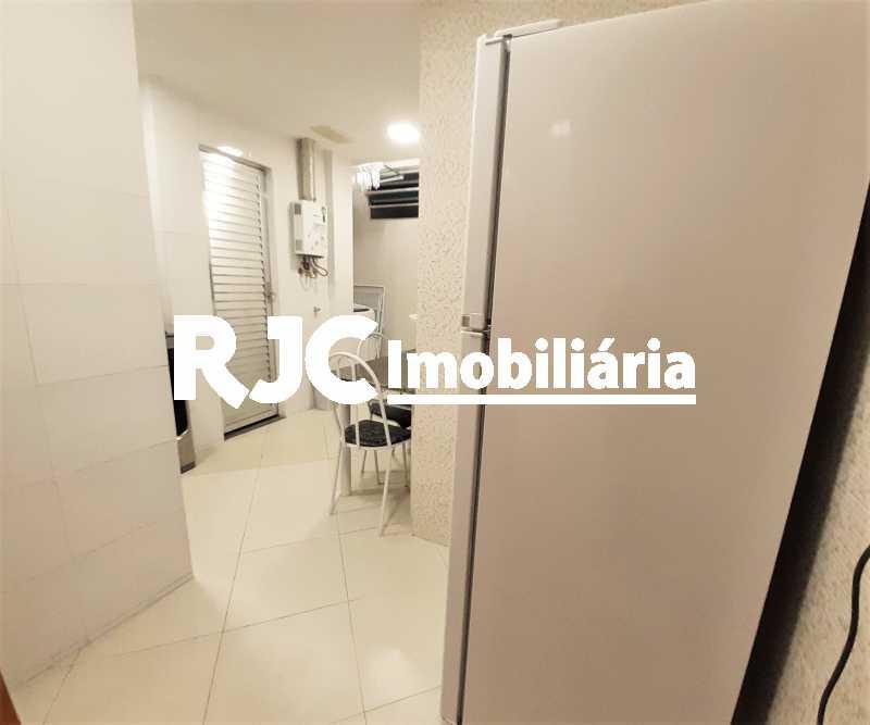 FOTO 15 - Apartamento 2 quartos à venda Copacabana, Rio de Janeiro - R$ 610.000 - MBAP24914 - 16