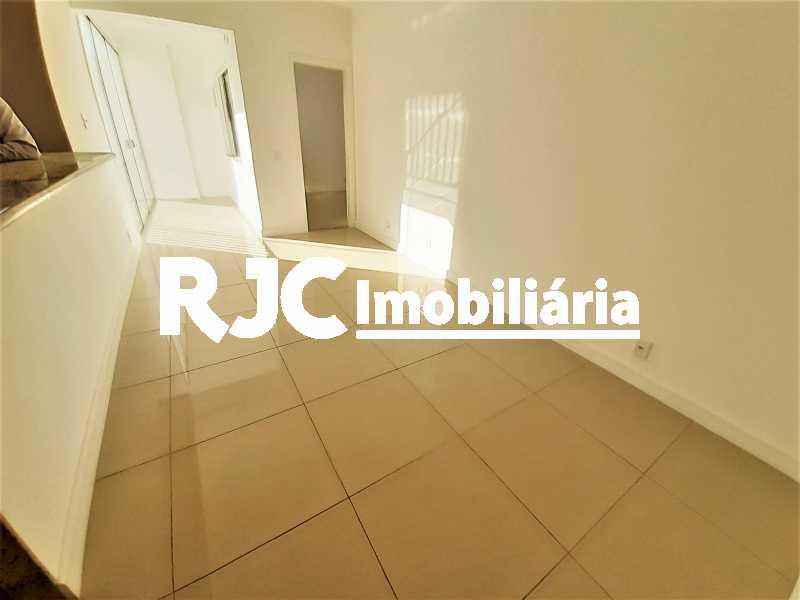 FOTO 3 - Apartamento 1 quarto à venda Vila Isabel, Rio de Janeiro - R$ 372.000 - MBAP10903 - 4