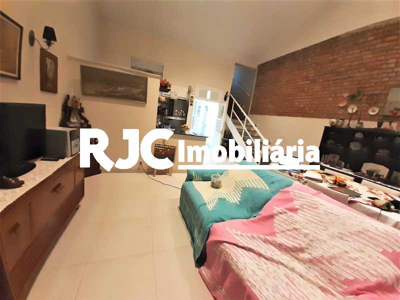 FOTO 2 - Casa 3 quartos à venda Tijuca, Rio de Janeiro - R$ 870.000 - MBCA30209 - 3