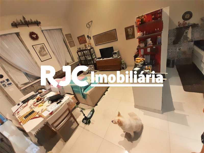FOTO 3 - Casa 3 quartos à venda Tijuca, Rio de Janeiro - R$ 870.000 - MBCA30209 - 4