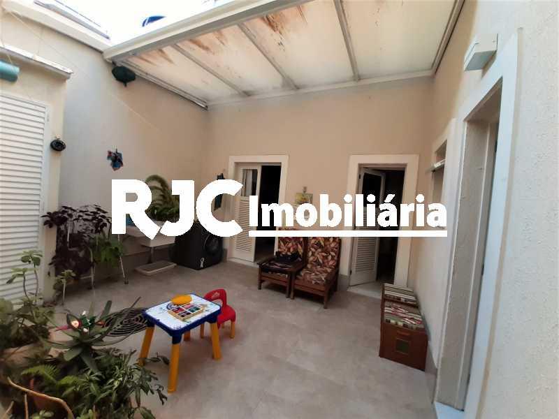 FOTO 6 - Casa 3 quartos à venda Tijuca, Rio de Janeiro - R$ 870.000 - MBCA30209 - 7