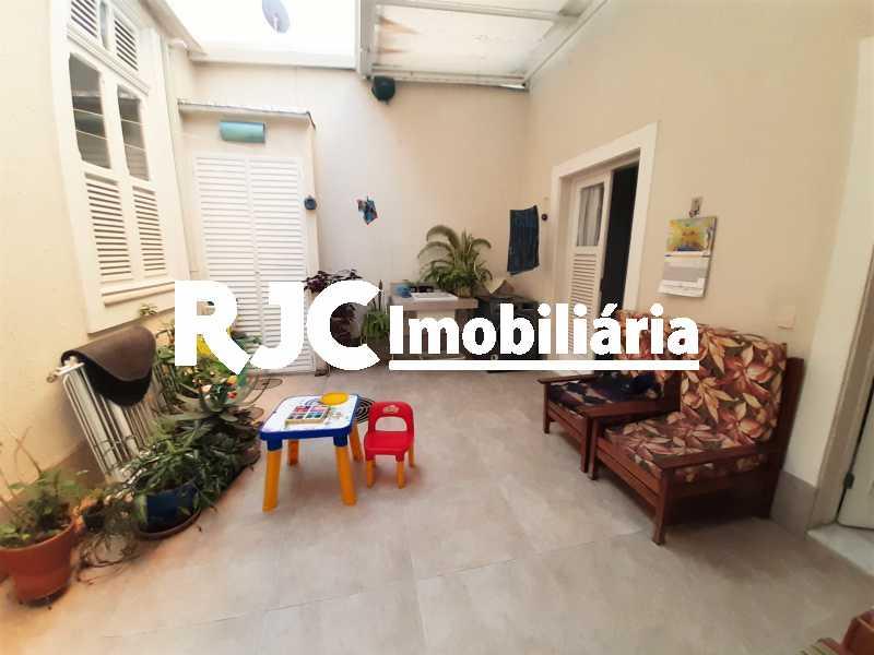 FOTO 7 - Casa 3 quartos à venda Tijuca, Rio de Janeiro - R$ 870.000 - MBCA30209 - 8