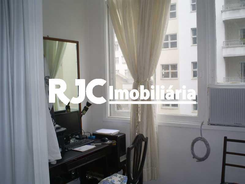2 - Apartamento 3 quartos à venda Copacabana, Rio de Janeiro - R$ 1.200.000 - MBAP33160 - 4