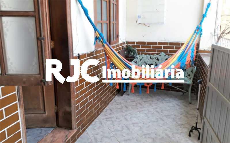 1  Varanda - Casa 4 quartos à venda Vila Isabel, Rio de Janeiro - R$ 400.000 - MBCA40177 - 1