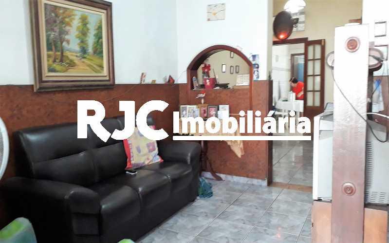 2.   Sala - Casa 4 quartos à venda Vila Isabel, Rio de Janeiro - R$ 400.000 - MBCA40177 - 3