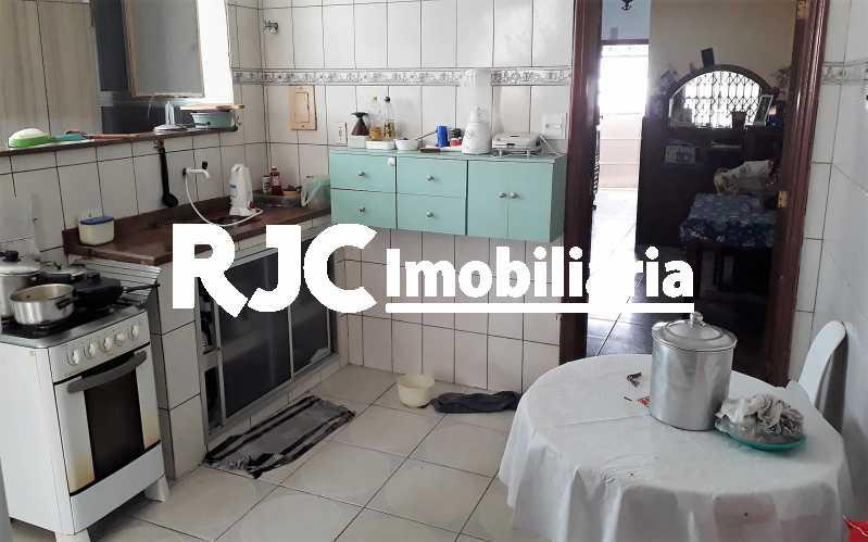 9.  Cozinha - Casa 4 quartos à venda Vila Isabel, Rio de Janeiro - R$ 400.000 - MBCA40177 - 10