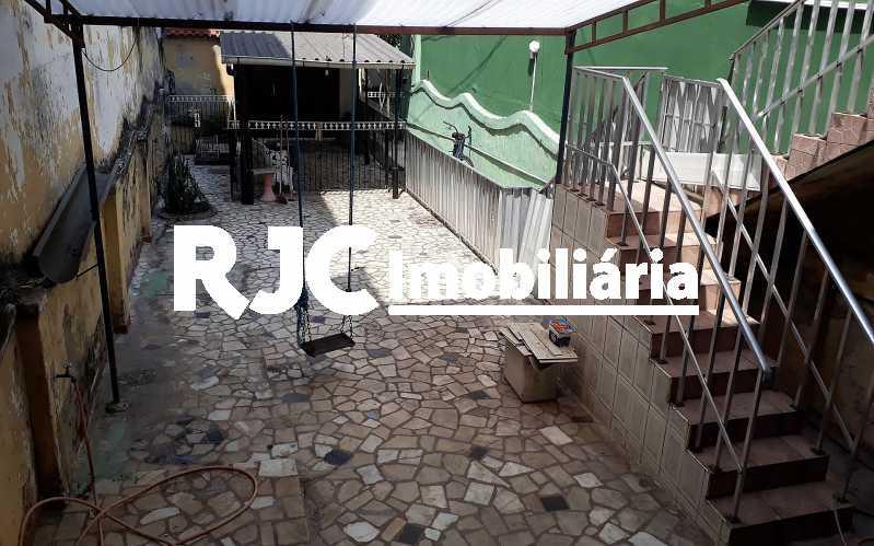 29   Quintal - Casa 4 quartos à venda Vila Isabel, Rio de Janeiro - R$ 400.000 - MBCA40177 - 20