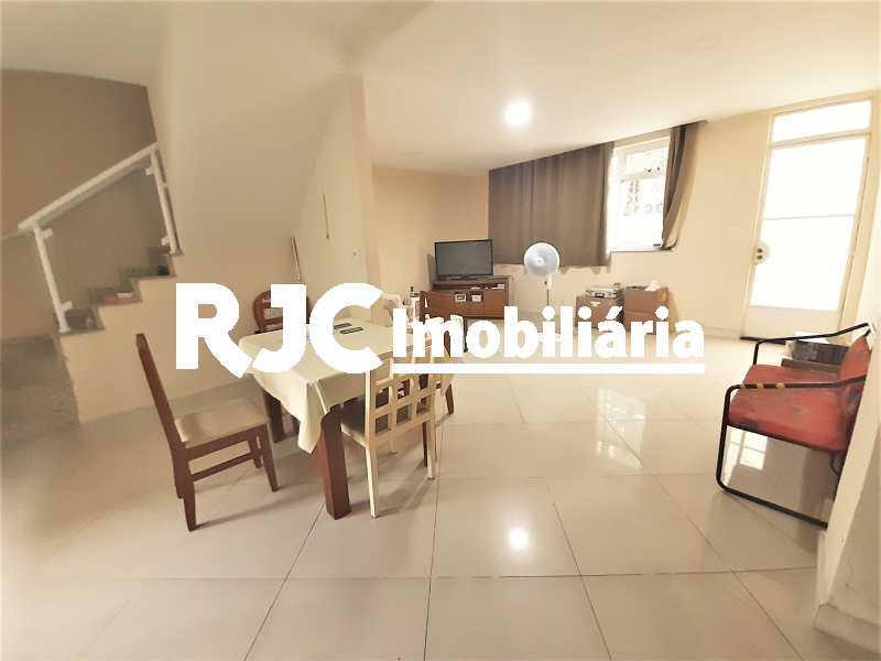 FOTO 1 - Casa 4 quartos à venda Grajaú, Rio de Janeiro - R$ 750.000 - MBCA40178 - 1