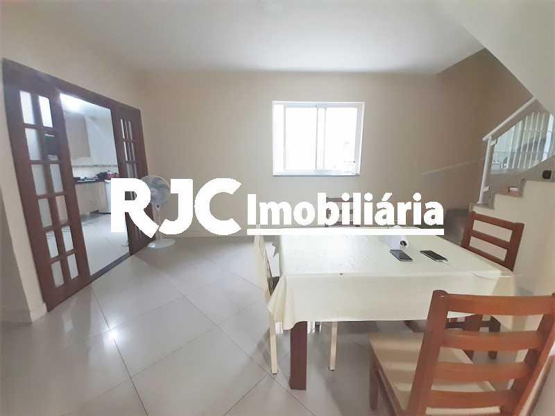 FOTO 2 - Casa 4 quartos à venda Grajaú, Rio de Janeiro - R$ 750.000 - MBCA40178 - 3