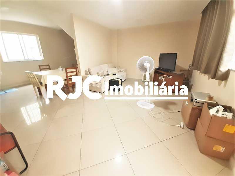 FOTO 3 - Casa 4 quartos à venda Grajaú, Rio de Janeiro - R$ 750.000 - MBCA40178 - 4