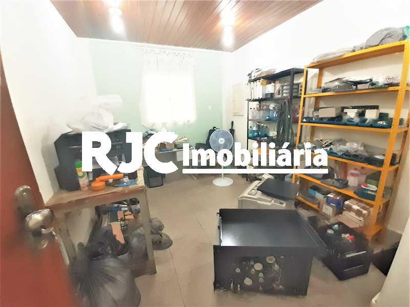 FOTO 5 - Casa 4 quartos à venda Grajaú, Rio de Janeiro - R$ 750.000 - MBCA40178 - 6