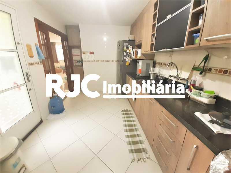 FOTO 6 - Casa 4 quartos à venda Grajaú, Rio de Janeiro - R$ 750.000 - MBCA40178 - 7