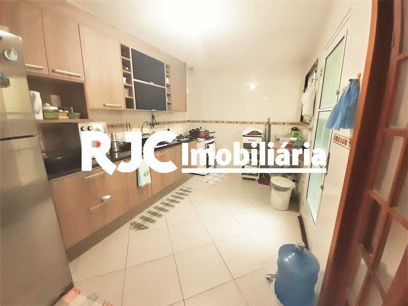 FOTO 7 - Casa 4 quartos à venda Grajaú, Rio de Janeiro - R$ 750.000 - MBCA40178 - 8