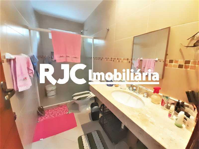 FOTO 11 - Casa 4 quartos à venda Grajaú, Rio de Janeiro - R$ 750.000 - MBCA40178 - 12
