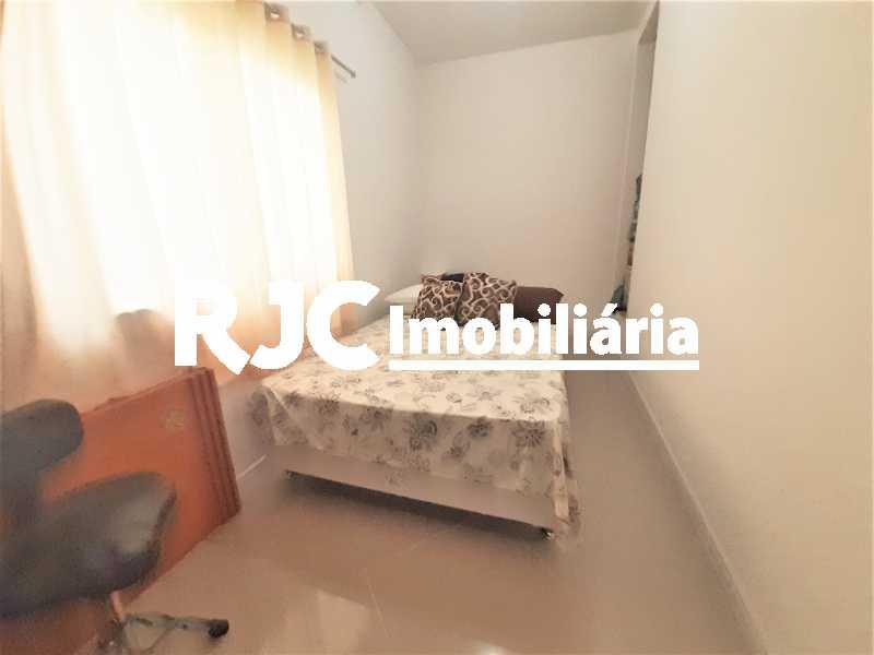 FOTO 17 - Casa 4 quartos à venda Grajaú, Rio de Janeiro - R$ 750.000 - MBCA40178 - 18