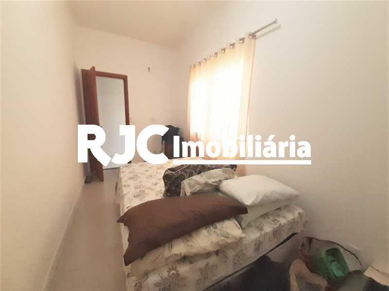 FOTO 18 - Casa 4 quartos à venda Grajaú, Rio de Janeiro - R$ 750.000 - MBCA40178 - 19