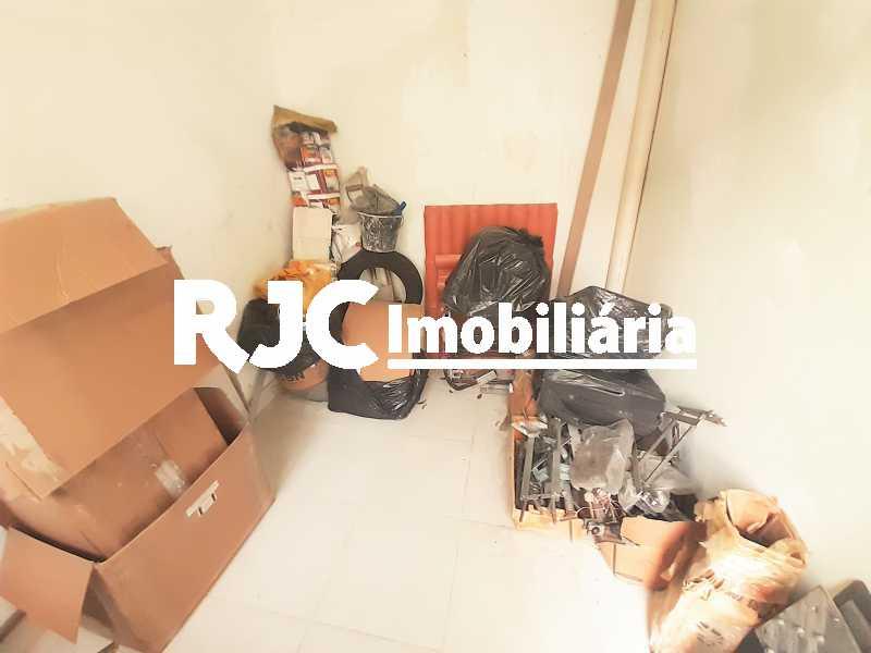 FOTO 21 - Casa 4 quartos à venda Grajaú, Rio de Janeiro - R$ 750.000 - MBCA40178 - 22