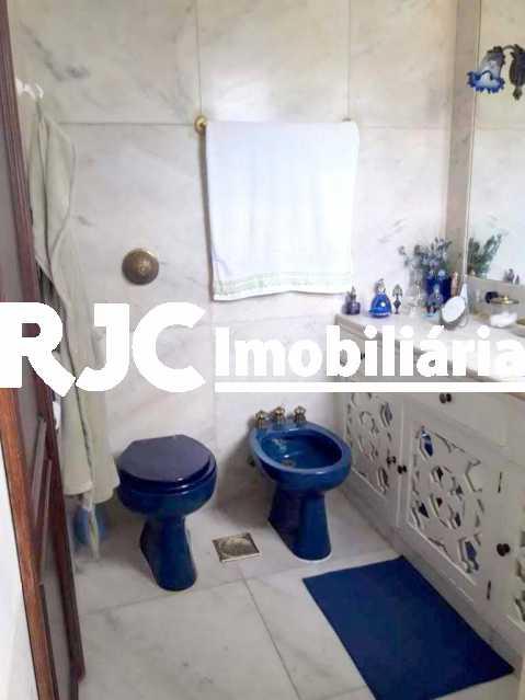 28 - Casa 4 quartos à venda Grajaú, Rio de Janeiro - R$ 950.000 - MBCA40179 - 29