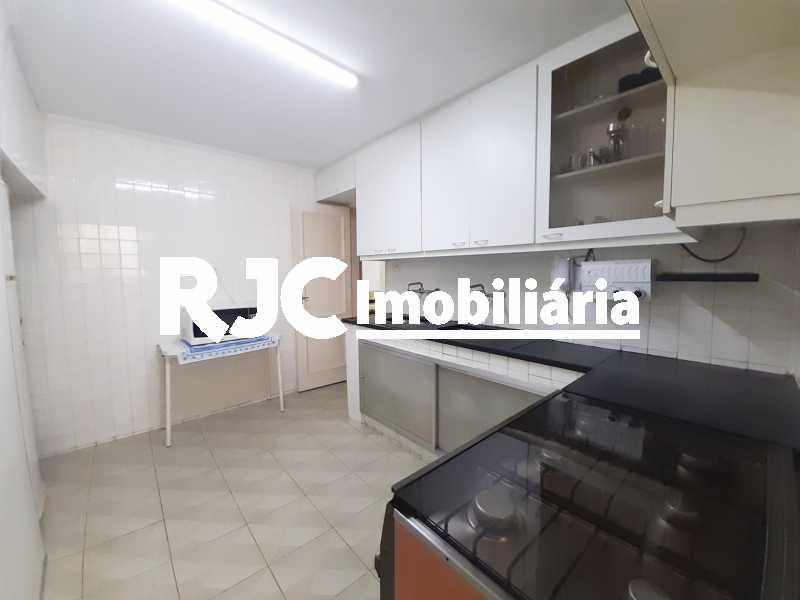 FOTO 14 - Apartamento 3 quartos à venda Laranjeiras, Rio de Janeiro - R$ 1.300.000 - MBAP33248 - 15