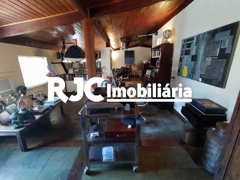 10. - Cobertura 4 quartos à venda Barra da Tijuca, Rio de Janeiro - R$ 3.450.000 - MBCO40131 - 11