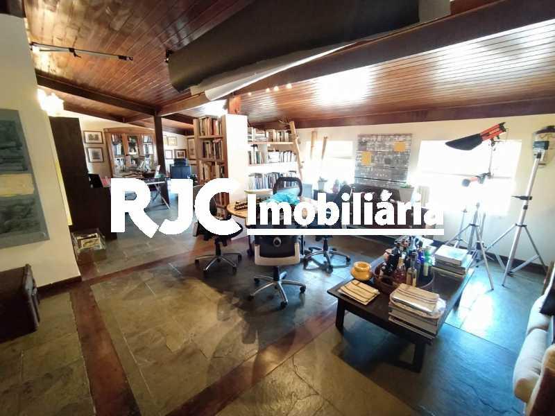11. - Cobertura 4 quartos à venda Barra da Tijuca, Rio de Janeiro - R$ 3.450.000 - MBCO40131 - 12