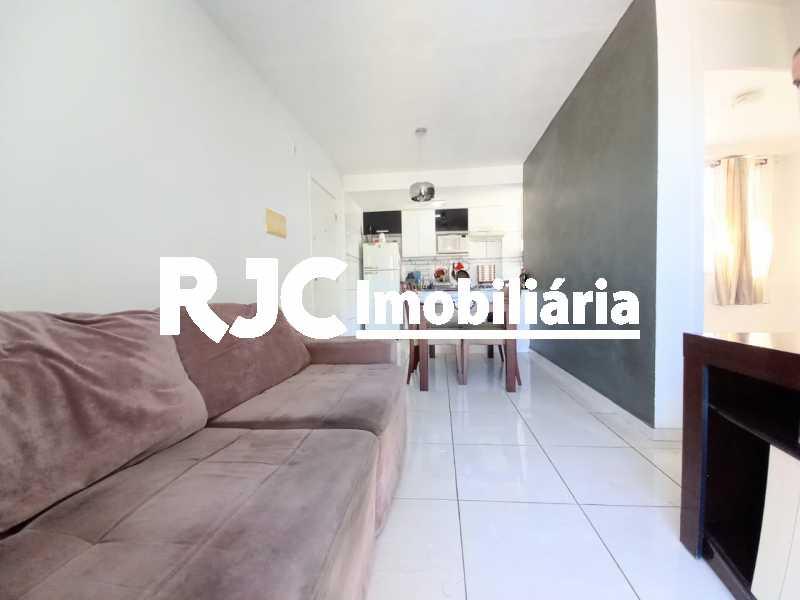 1 - Apartamento à venda Rua Prefeito Olímpio de Melo,Benfica, Rio de Janeiro - R$ 200.000 - MBAP25245 - 1