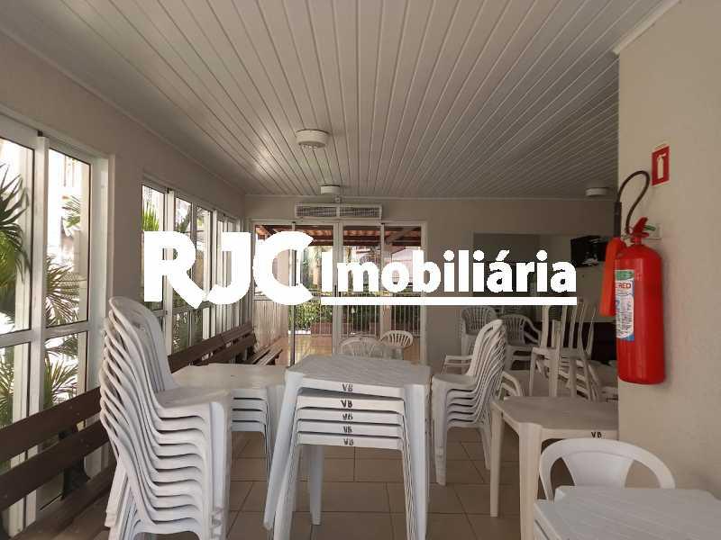 14 - Apartamento à venda Rua Prefeito Olímpio de Melo,Benfica, Rio de Janeiro - R$ 200.000 - MBAP25245 - 15