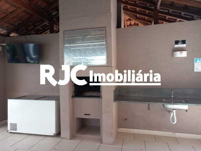15 - Apartamento à venda Rua Prefeito Olímpio de Melo,Benfica, Rio de Janeiro - R$ 200.000 - MBAP25245 - 16