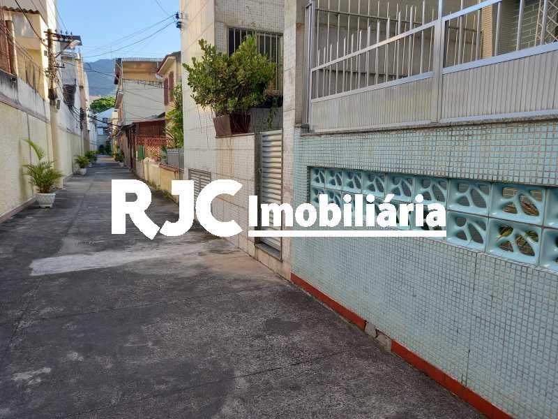 1 - Casa de Vila 4 quartos à venda Vila Isabel, Rio de Janeiro - R$ 700.000 - MBCV40062 - 1