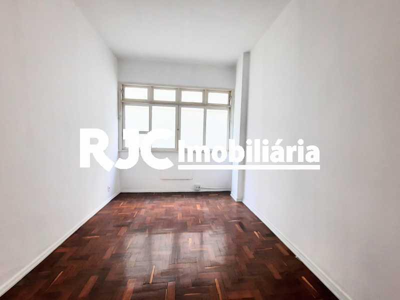 1 - Apartamento 2 quartos à venda Tijuca, Rio de Janeiro - R$ 325.000 - MBAP25318 - 1