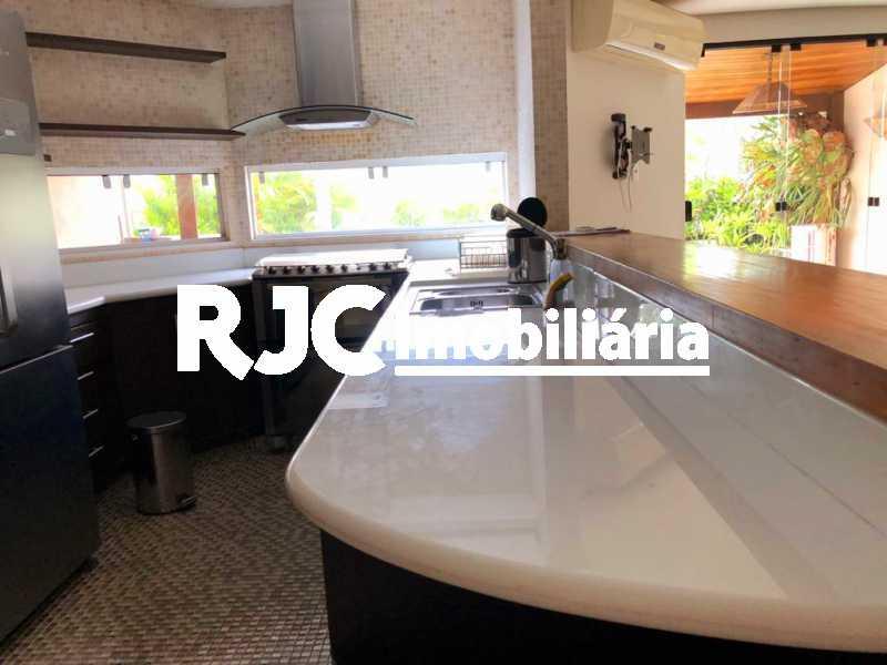 06 - Cobertura 3 quartos à venda Recreio dos Bandeirantes, Rio de Janeiro - R$ 1.100.000 - MBCO30391 - 7