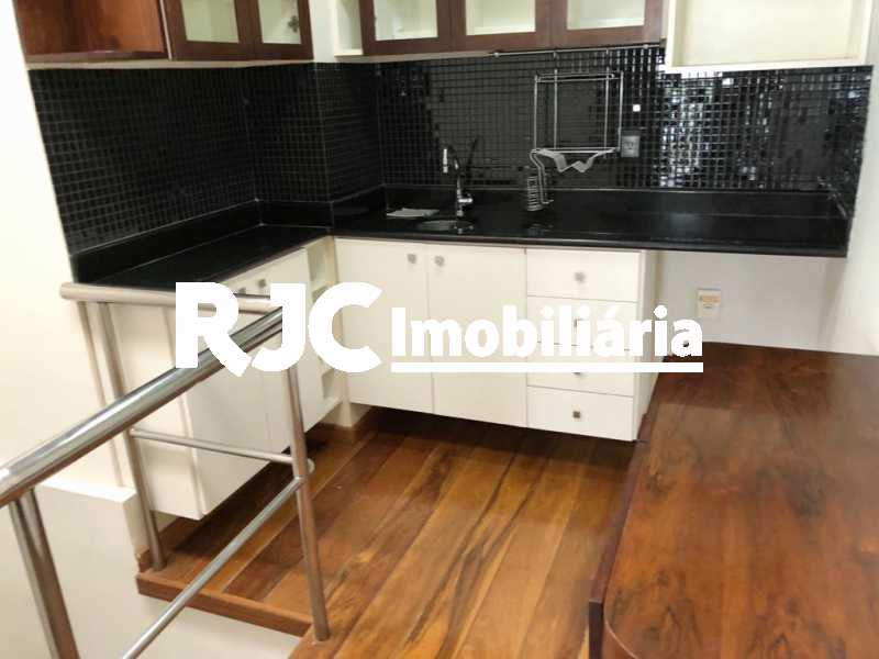 18 - Cobertura 3 quartos à venda Recreio dos Bandeirantes, Rio de Janeiro - R$ 1.100.000 - MBCO30391 - 17