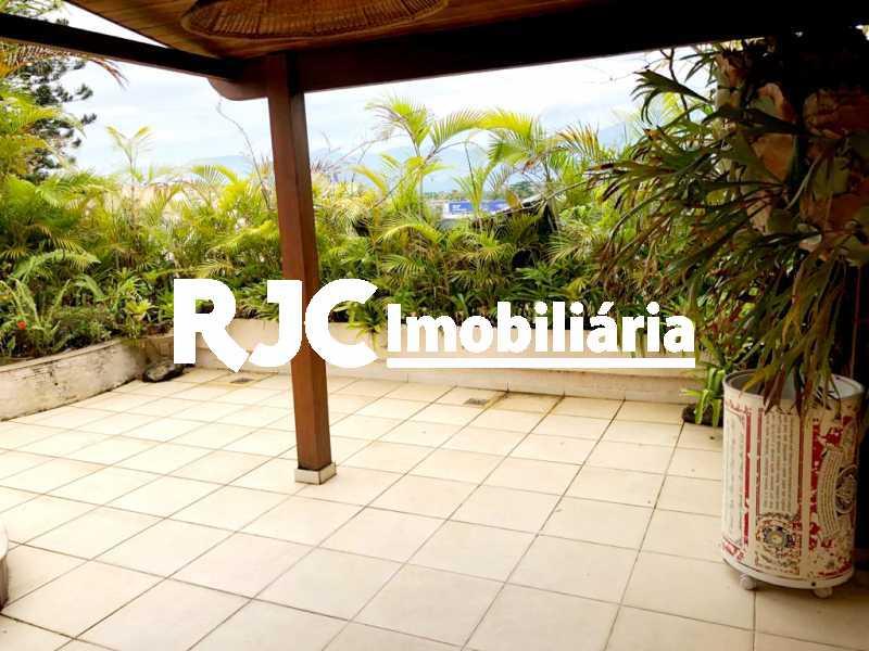 29 - Cobertura 3 quartos à venda Recreio dos Bandeirantes, Rio de Janeiro - R$ 1.100.000 - MBCO30391 - 28