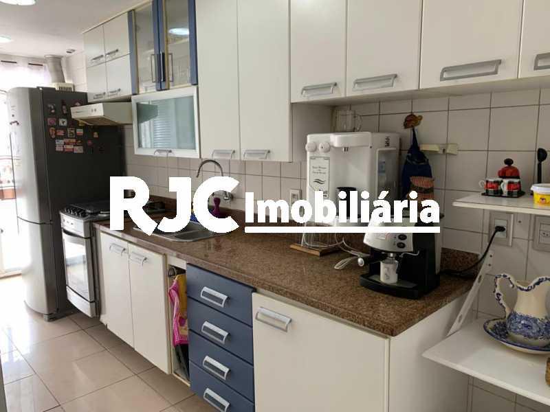 16 - Cobertura 3 quartos à venda Laranjeiras, Rio de Janeiro - R$ 1.600.000 - MBCO30396 - 17