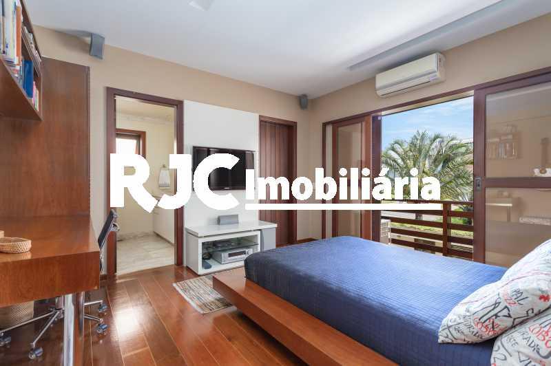 Casa no Malibu - 37 - Casa em Condomínio 4 quartos à venda Barra da Tijuca, Rio de Janeiro - R$ 12.000.000 - MBCN40017 - 26