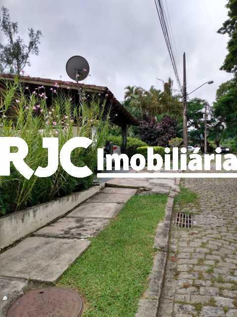 27 - Casa em Condomínio 4 quartos à venda Itanhangá, Rio de Janeiro - R$ 1.000.000 - MBCN40019 - 28