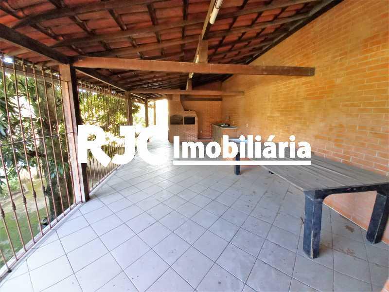 3 - Casa à venda Rua Pastor Luther King,Tribobó, São Gonçalo - R$ 220.000 - MBCA30244 - 4