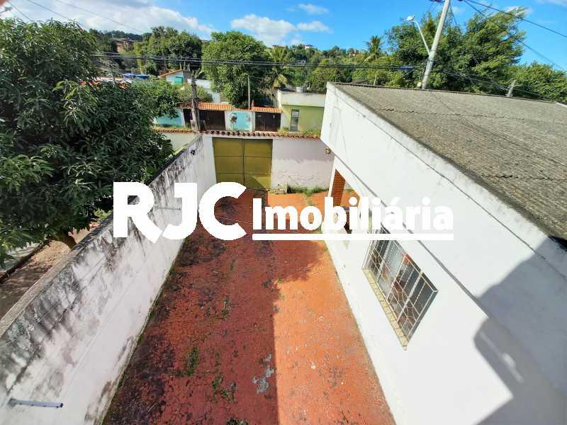 19 - Casa à venda Rua Pastor Luther King,Tribobó, São Gonçalo - R$ 220.000 - MBCA30244 - 20