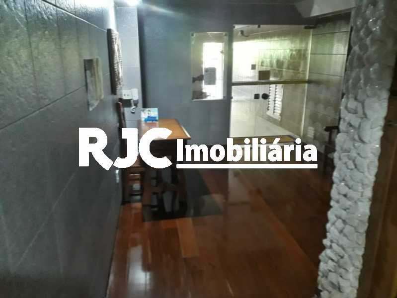 22 portaria - Apartamento à venda Rua Barão de São Francisco,Andaraí, Rio de Janeiro - R$ 280.000 - MBAP10998 - 23